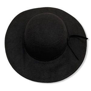 Black Floppy Hat with Ribbon